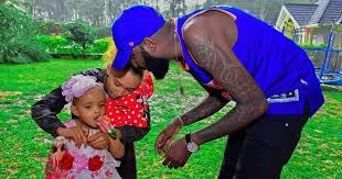 Shaffie Weru and his daughter